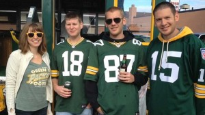 1382713704000-packers1